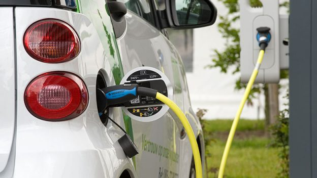 Electric car charging stations in Lanark County