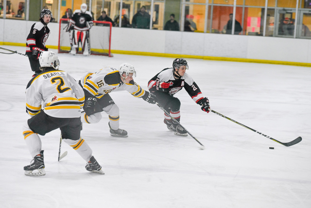 Junior-A-Smiths-Falls-Bears-Kemptville-73-11