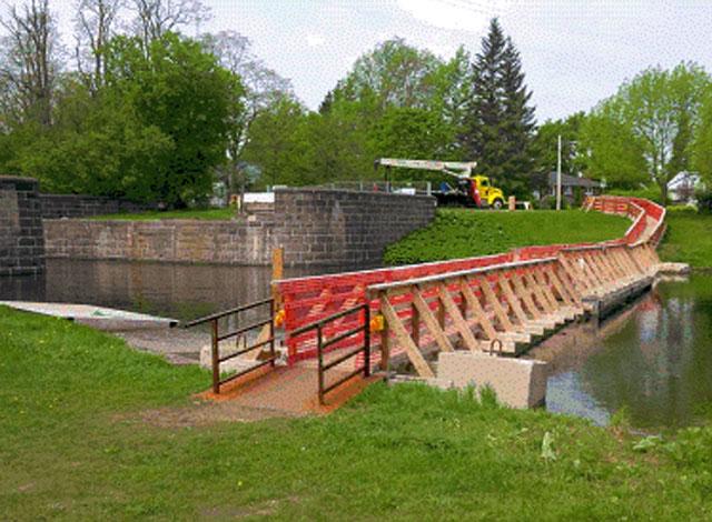 Burritts Rapids Swing Bridge construction