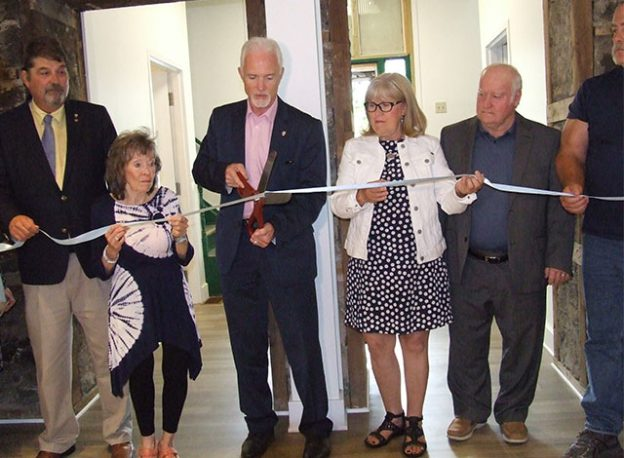 Ribbon cutting at the new Economic Development and Tourism Centre