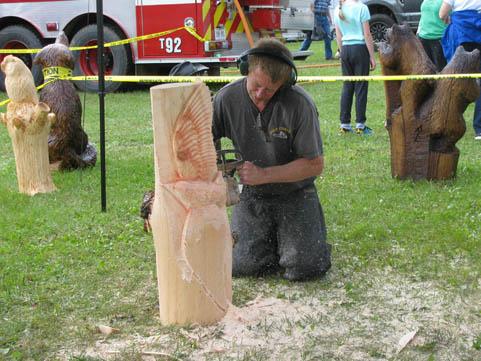 chainsaw-art-lombardy-fair
