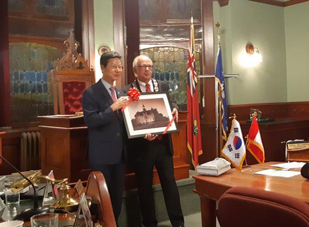Maeng-ho Shin and Doug Black